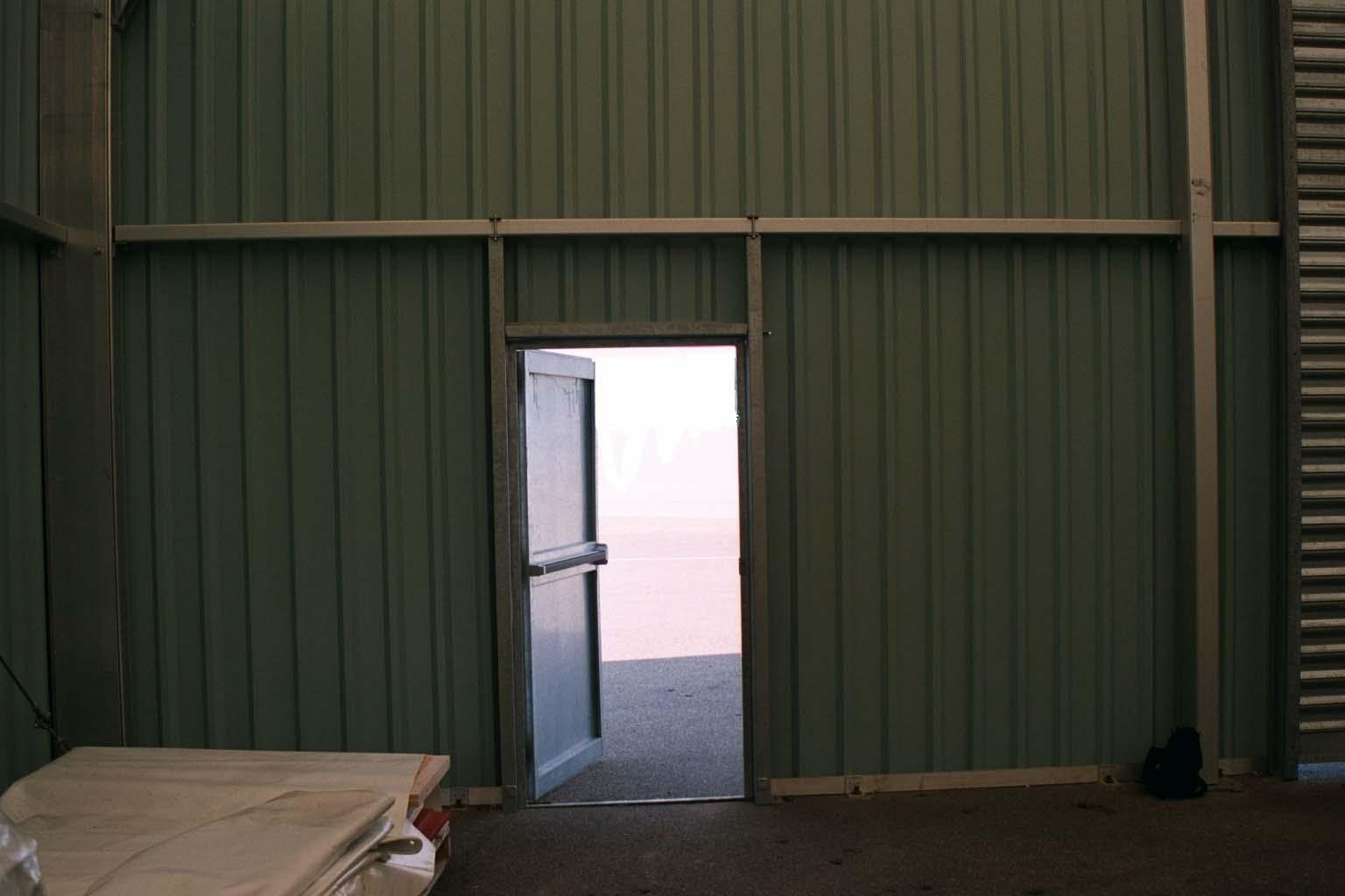 Alquiler carpas industriales carpa industrial almacenes for Puertas industriales
